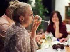 Heavy drinking can treble the risk of getting dementia