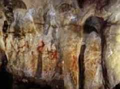 Neanderthals were the first people to decorate their caves