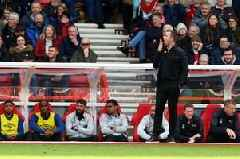 Derby manager Gary Rowett yawns at Nottingham Forest fans who chanted about his trainers