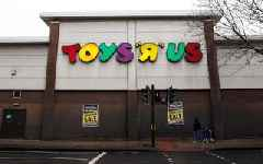Toys R Us to shut all US stores, putting 30,000 jobs in doubt