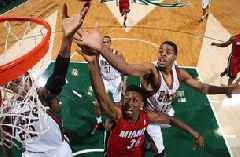 Playoff watch: Bucks look to hold off Heat, move up in standings