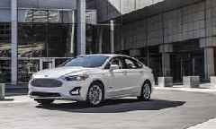 2019 Ford Fusion Debuts With Minor Design Changes, More Safety Tech