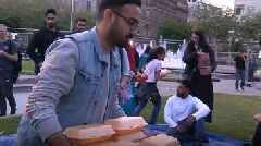 Manchester Muslims share food with homeless for Ramadan