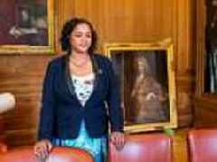 Lord Mayor of Bristol removes portrait of Edward Colston from office