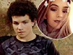 Coronation Street star Alex Bain's pregnant girlfriend prompts split rumours with cryptic scan snap