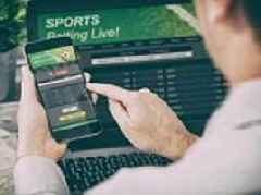 Academics call for ban on 'live odds' gambling ads as commercials during World Cup misled viewers