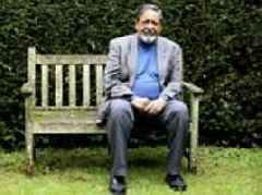 Literary giant V S Naipaul who won a Nobel Prize, a knighthood, and the Booker Prize dies aged 85