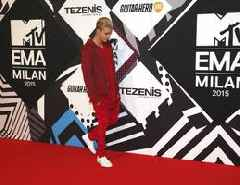 Justin Bieber to apply for U.S. Citizenship
