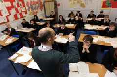 How to apply for secondary school and when is the deadline for applications in 2018?
