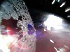 Japanese Space Experts Just Parked on an Asteroid