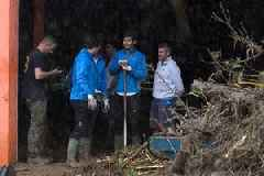 Rafael Nadal helps in flash floods clean-up and offers shelter tohomeless