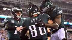 Carson Wentz leads Eagles to soaring victory over Giants