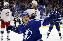 Lightning finds offense in 8-2 rout of Blue Jackets