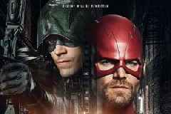CW's 'Elseworlds': Stephen Amell and Grant Gustin Will Swap Roles as The Flash and Arrow (Photo)