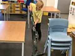 Primary school where children hoover their own classrooms: Teachers copy Japanese practice
