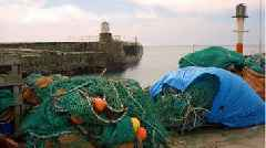 Scotland 'should take control' of fishing