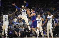 Williams scores 28 as Clippers rout Magic 120-95