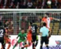 ISL 2018-19: Delhi Dynamos' flickers of improvement doused by Goa's attack