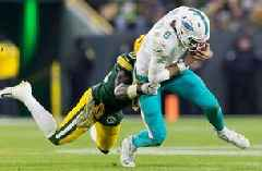 Dolphins can't find end zone in 31-12 loss to Aaron Rodgers, Packers at Lambeau