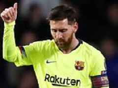 Fans go wild as Lionel Messi scores another incredible Barcelona goal
