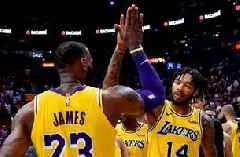 Shannon Sharpe: LeBron is battling to get some of these young guys to come along