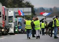 France fuel protests: 80-year-old woman killed in her home
