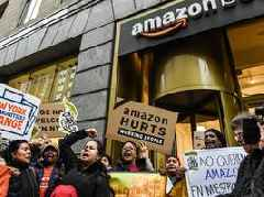 Most New Yorkers support Amazon coming to town but many hate the deal, a new poll says (AMZN)