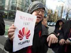 The Huawei arrest puts a 'bullseye' on Apple's back at a potentially dangerous time for iPhone sales in China