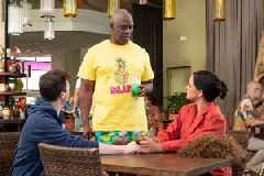 'Brooklyn Nine-Nine': Andre Braugher Wants NBC to Start Selling Captain Holt's 'Pineapple Slut' Shirt
