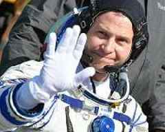 NASA Astronaut Hague Who Failed to Reach ISS May Make One-Year Flight