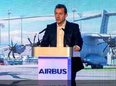 The next CEO of Airbus explains the major hurdle that stands in the way of electric planes