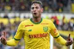 'Genuine concerns' for new Cardiff City signing Emiliano Sala as plane goes missing over English Channel