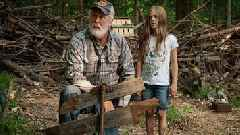 New 'Pet Sematary' Trailer Teases Terrifying Twist to Stephen King's Story