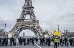 Anti-Semitic acts hit France amid anti-government protests