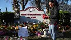 Parkland anniversary: Moment of silence marks one year since school shooting
