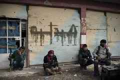 In east Syria, IS in last stand to defend dying 'caliphate'