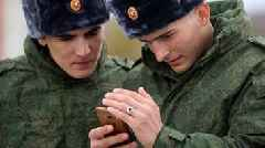 Russia bans smartphones for soldiers over social media fears