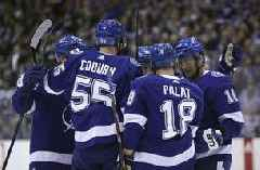 Johnson, Paquette lead Lightning past Maple Leafs 6-2