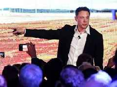 A former Tesla investor explains why he thinks Elon Musk is the wrong person to lead the company, why he dumped the stock, and what he's now buying instead (TSLA)