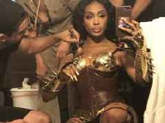 Look: SZA Channels Her Inner GAME OF THRONES
