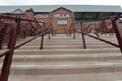'Finishing fast' Aston Villa can join Leeds United in the Premier League says ex Liverpool star