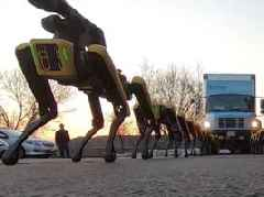 Watch 10 Boston Dynamics' robot dogs pull a truck in a slightly terrifying display of raw power