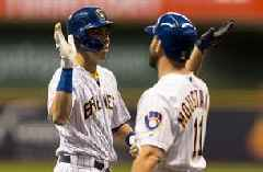 Yelich homers again in Brewers' loss to Dodgers