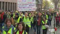 Police, yellow vest demonstrators clash as protests continue in Paris