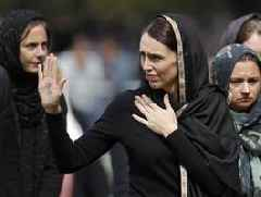 Christchurch: NZ PM Jacinda targets online hate after mosque attacks