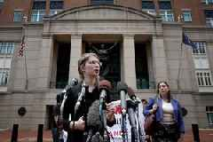 Chelsea Manning ordered to return to jail, says she'd 'rather starve to death' than testify