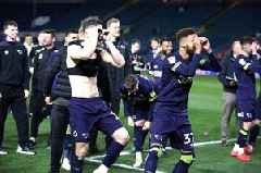 Derby County players tease Leeds United over 'Spygate' with binocular celebrations after play-offs win