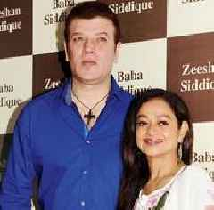 Aditya Pancholi claims he was threatened with a rape case, submits video