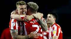 Sunderland reach League One play-off final after Portsmouth draw