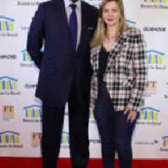 Amber Tamblyn and Credit Suisse Honored at Room to Read 2019 New York Gala; Performances by Wyclef Jean and DJ Switch Ghana